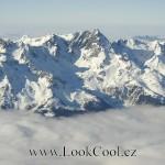 Když do Alp, tak do francouzských! Francouzské Alpy jsou ztělesněním toho nejlepšího, co od dovolené na horách očekávat. Velkolepost hor ve vysoké nadmořské výšce zaručuje kvalitní a jistou sněhovou pokrývku.