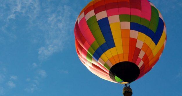 Let balónem jako originální dárek